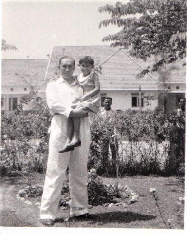 "Indo Prisje as a little girl with ""Papa"" Friedrich Wilhelm Klüge"